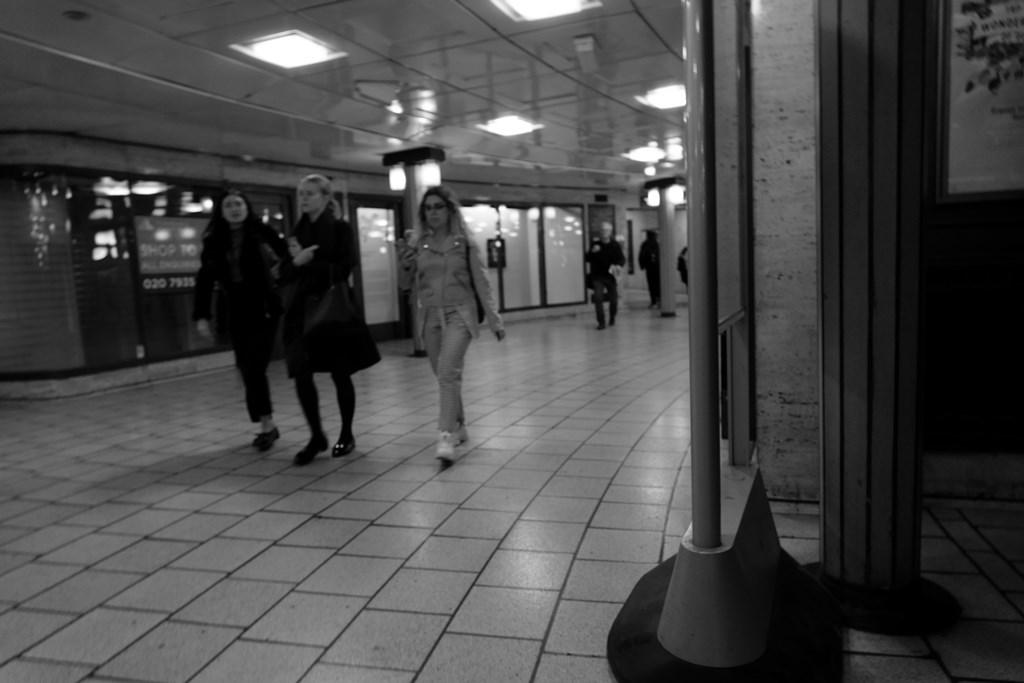 2019年4月29日 ロンドン・地下鉄_f0219074_16522178.jpg