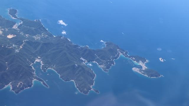 神戸から鹿児島へ瀬戸内海の美しさ、青島の絶景、桜島の雄大さ・・・飛行機からの絶景の旅_d0181492_07191363.jpg