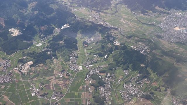 神戸から鹿児島へ瀬戸内海の美しさ、青島の絶景、桜島の雄大さ・・・飛行機からの絶景の旅_d0181492_07203560.jpg
