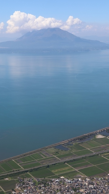 神戸から鹿児島へ瀬戸内海の美しさ、青島の絶景、桜島の雄大さ・・・飛行機からの絶景の旅_d0181492_07221889.jpg