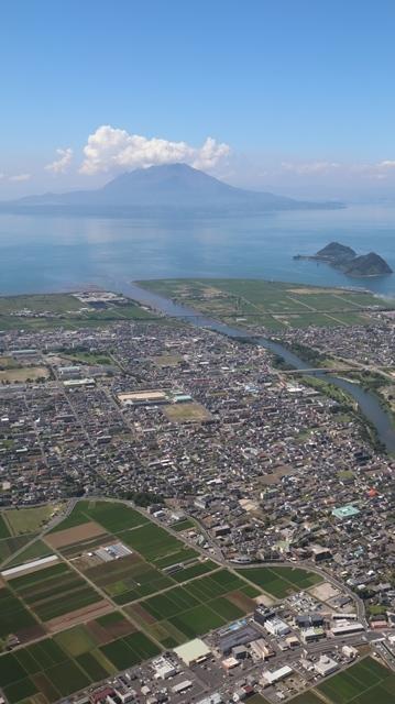 神戸から鹿児島へ瀬戸内海の美しさ、青島の絶景、桜島の雄大さ・・・飛行機からの絶景の旅_d0181492_07225018.jpg