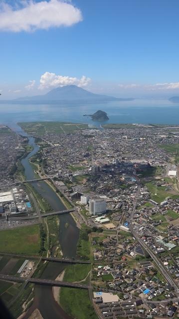 神戸から鹿児島へ瀬戸内海の美しさ、青島の絶景、桜島の雄大さ・・・飛行機からの絶景の旅_d0181492_07230718.jpg