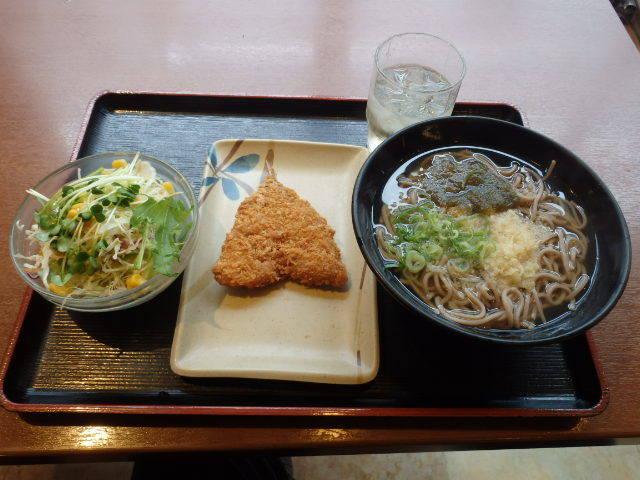 めしや食堂         大日店_c0118393_11024827.jpg