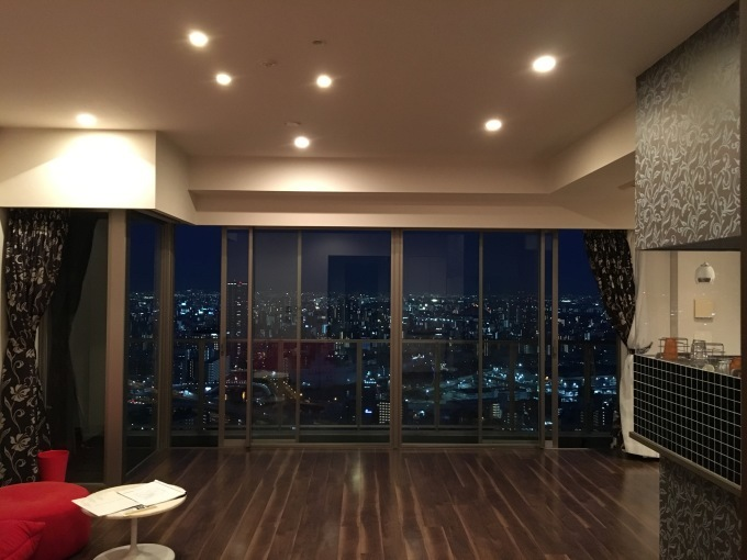 OSAKA福島タワー!superior suite 44階 109m2 価格変更!_b0121630_14154239.jpeg