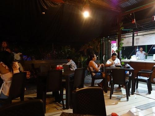 レティシアのホステル近くのFUSIONでPATARASHCAの夕食_c0030645_10435000.jpg