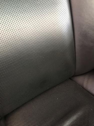 LEXUS GS350 ★本革シートカギ裂けリペア_d0351087_08583507.jpg