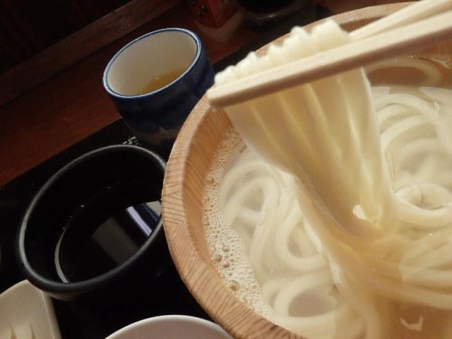 丸亀製麺        御影塚町店_c0118393_08534675.jpg