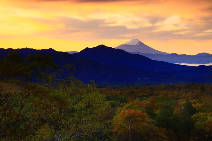 令和元年10月の富士(29)八ヶ岳南麓美し森からの富士_e0344396_13023334.jpg