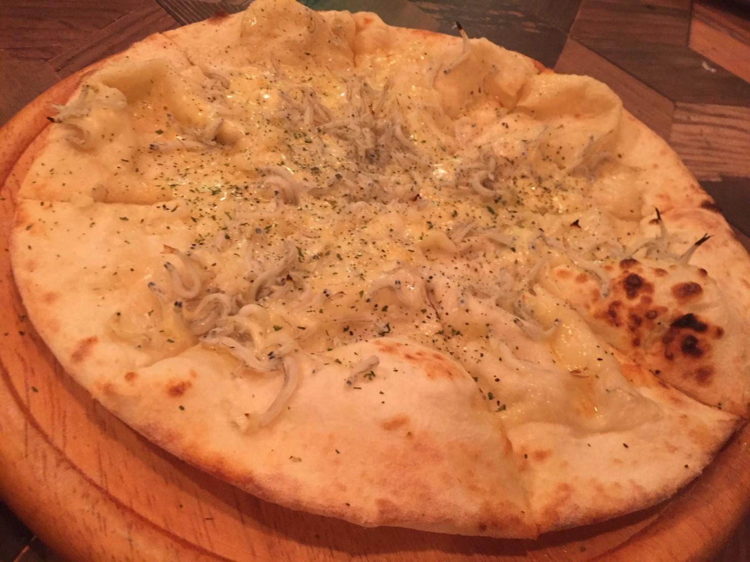 駅前ハシゴ3連荘  Pizza&Wine ESOLA_e0115904_20302011.jpg