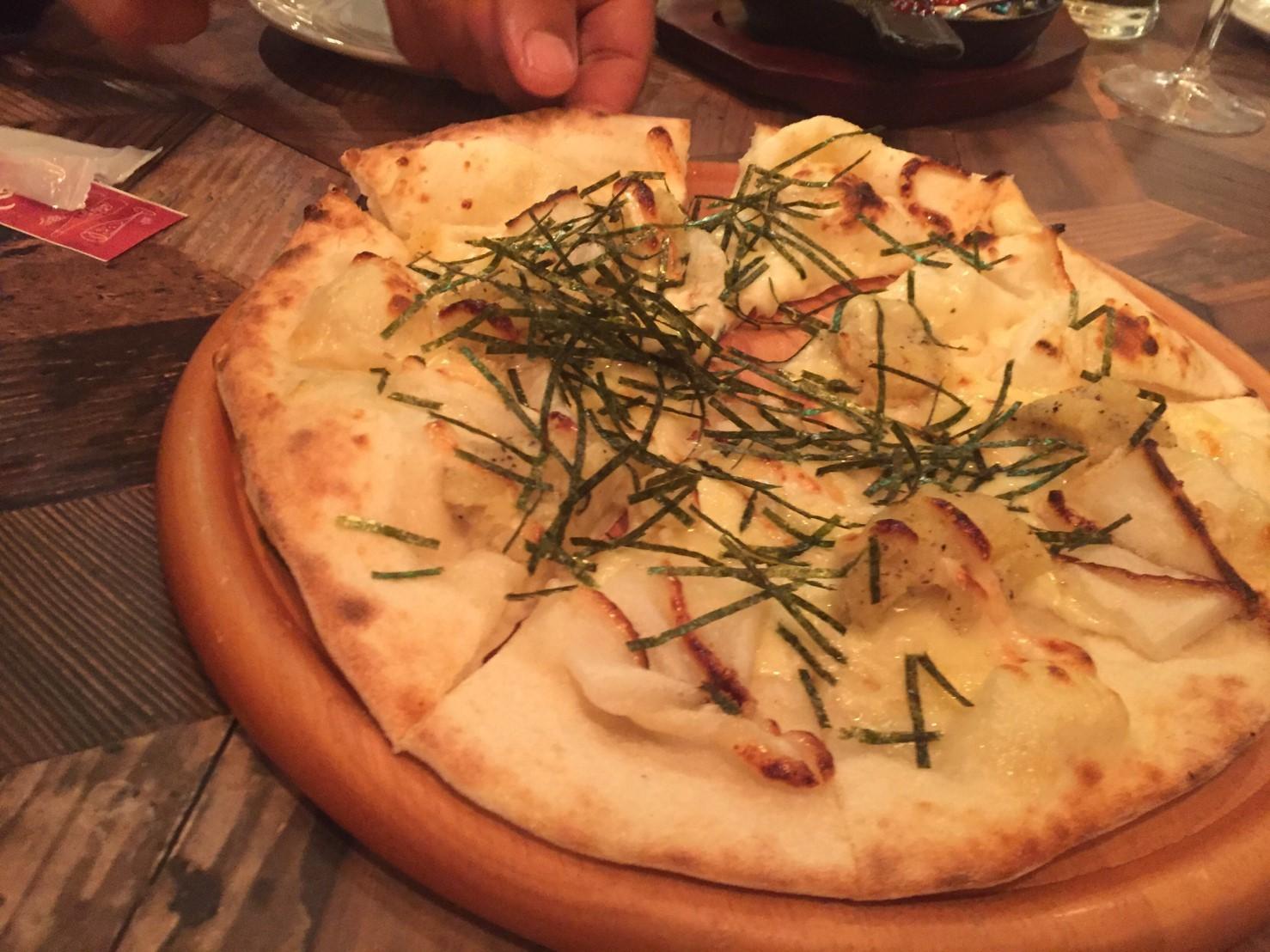 駅前ハシゴ3連荘  Pizza&Wine ESOLA_e0115904_20313836.jpg