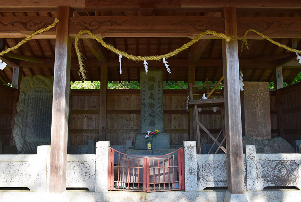 「生野の変」ゆかりの地を訪ねて。 その3 <山口護国神社(生野義挙志士殉難之地)>_e0158128_17364489.jpg