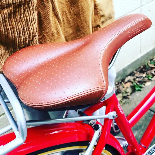 新展開「 BREEZER 」DOWN TOWN ブリーザー ダウンタウン 700c クロモリ クロスバイク おしゃれ自転車 自転車女子 自転車ガール_b0212032_16144324.jpeg