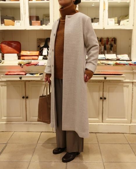 Michel beaudouin で、今年もオルジナルのコートです。_c0227633_19033227.jpg