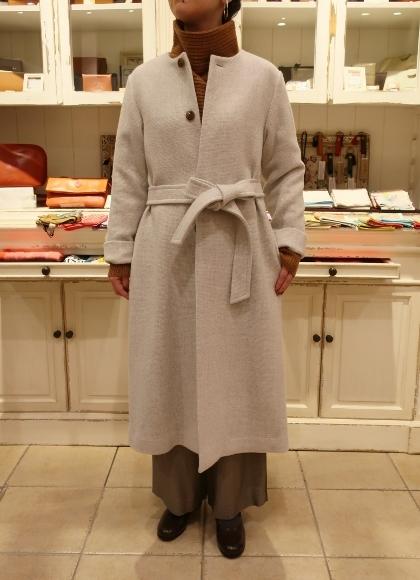Michel beaudouin で、今年もオルジナルのコートです。_c0227633_19041818.jpg
