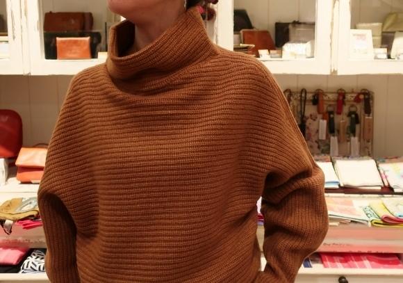 Michel beaudouin で、今年もオルジナルのコートです。_c0227633_19044401.jpg