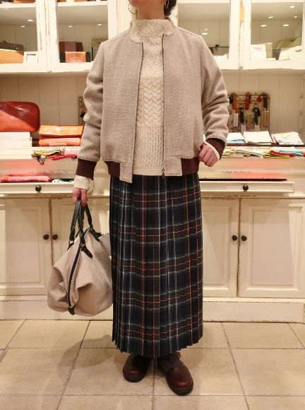 Michel beaudouin で、今年もオルジナルのコートです。_c0227633_19064964.jpg