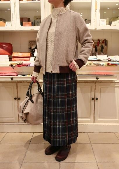 Michel beaudouin で、今年もオルジナルのコートです。_c0227633_19070372.jpg