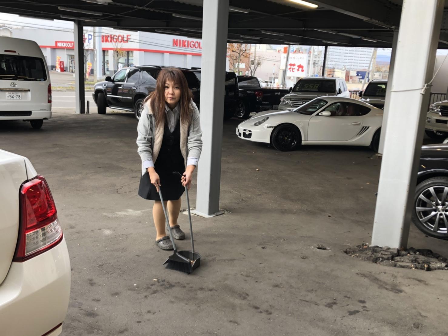 11月6日(水)新車☆レジアスエース DXワイドスパーロングボディ ハイルーフ 4WD ディーゼル入庫しました_b0127002_15570202.jpg