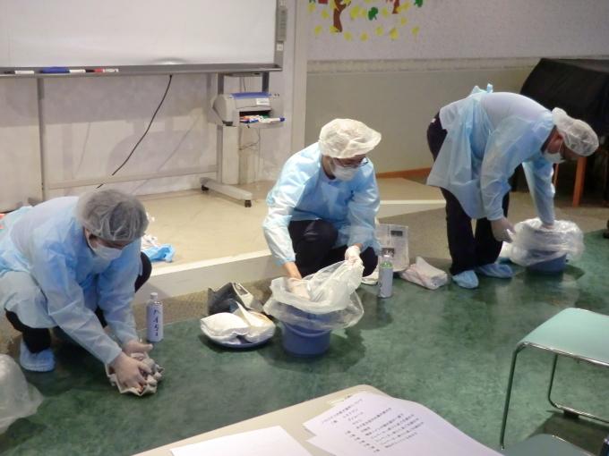 感染症の予防、及び発生時の対応の研修_e0163042_16591235.jpg