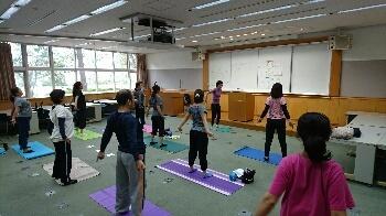レポート★ 11/3 経絡ストレッチ けいらくビクス_d0256145_15292450.jpg