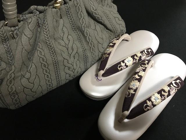 商品紹介・スワロフスキー・パール・刺繍Xmas名古屋帯。_f0181251_18094367.jpg