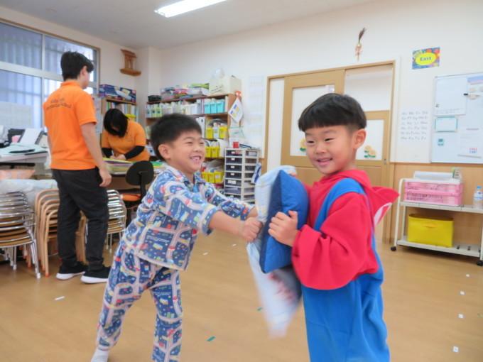 Pajamas Party_e0119166_15131346.jpg