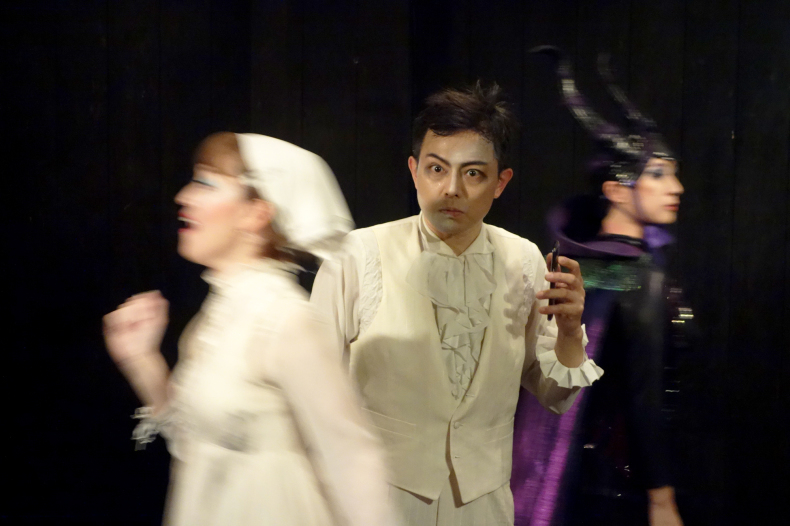 Photos of「After Ever Happily Ever After」in TOKYO_d0388376_00595675.jpg