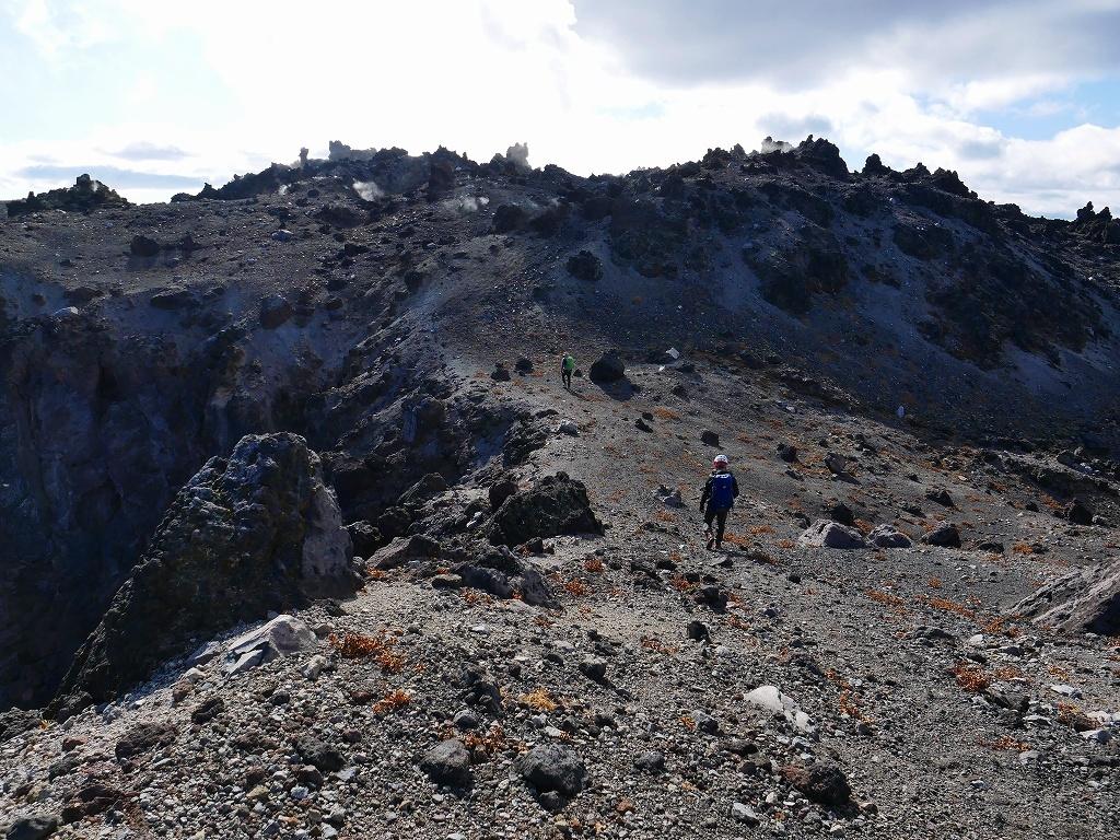 樽前山の最高点へ、2019.11.5ーその2ー_f0138096_17523055.jpg
