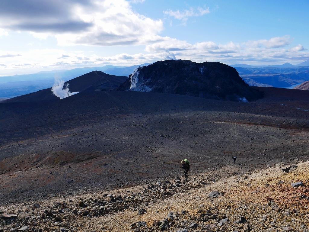 樽前山の最高点へ、2019.11.5ーその2ー_f0138096_17532982.jpg