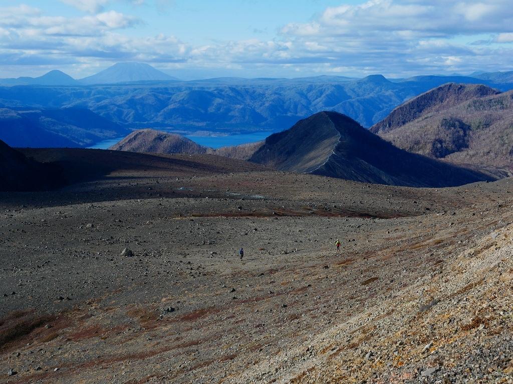 樽前山の最高点へ、2019.11.5ーその2ー_f0138096_17533498.jpg