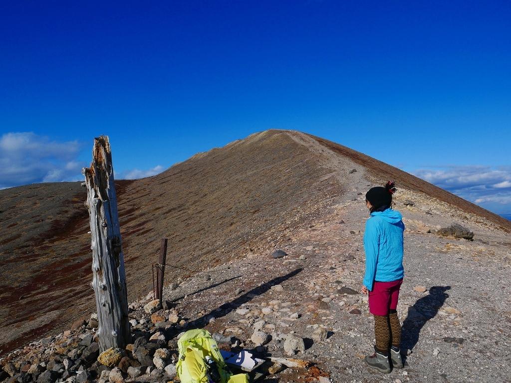 樽前山の最高点へ、2019.11.5ーその2ー_f0138096_17533834.jpg