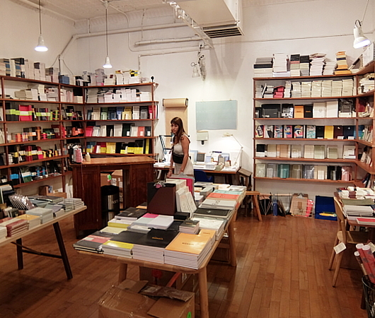 "NYの独立系書店、McNally Jacksonが出してる文房具屋さん、""GOODS for the STUDY""_b0007805_11040823.jpg"