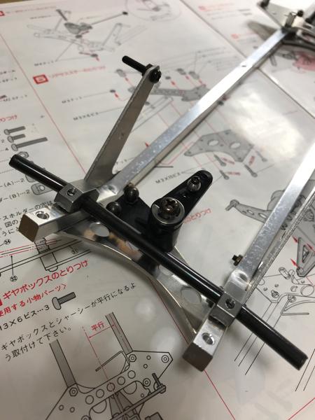 京商ターボスコーピオン組み立て シャシー_c0207113_15424293.jpg