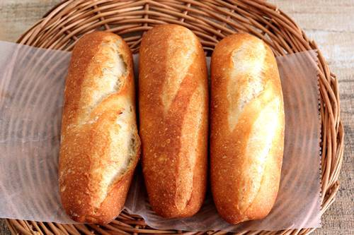 後退してる!?フランスパンの練習_a0165538_10085380.jpg