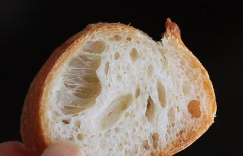 後退してる!?フランスパンの練習_a0165538_10085760.jpg