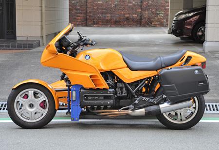 お勧めの中古車 【BMW K100RS 4V(後期型)+RSⅢフロントWウィッシュボーン】_e0218639_17130147.jpg