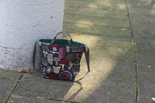 "「reversible bag ""light\""」にファスナートップ_e0243765_15265131.jpg"