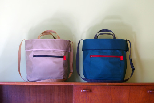 "「reversible bag ""light\""」にファスナートップ_e0243765_15283238.jpg"