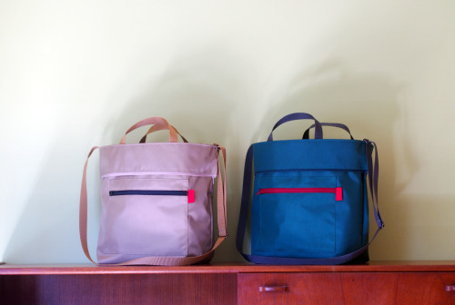 "「reversible bag ""light\""」にファスナートップ_e0243765_15284198.jpg"
