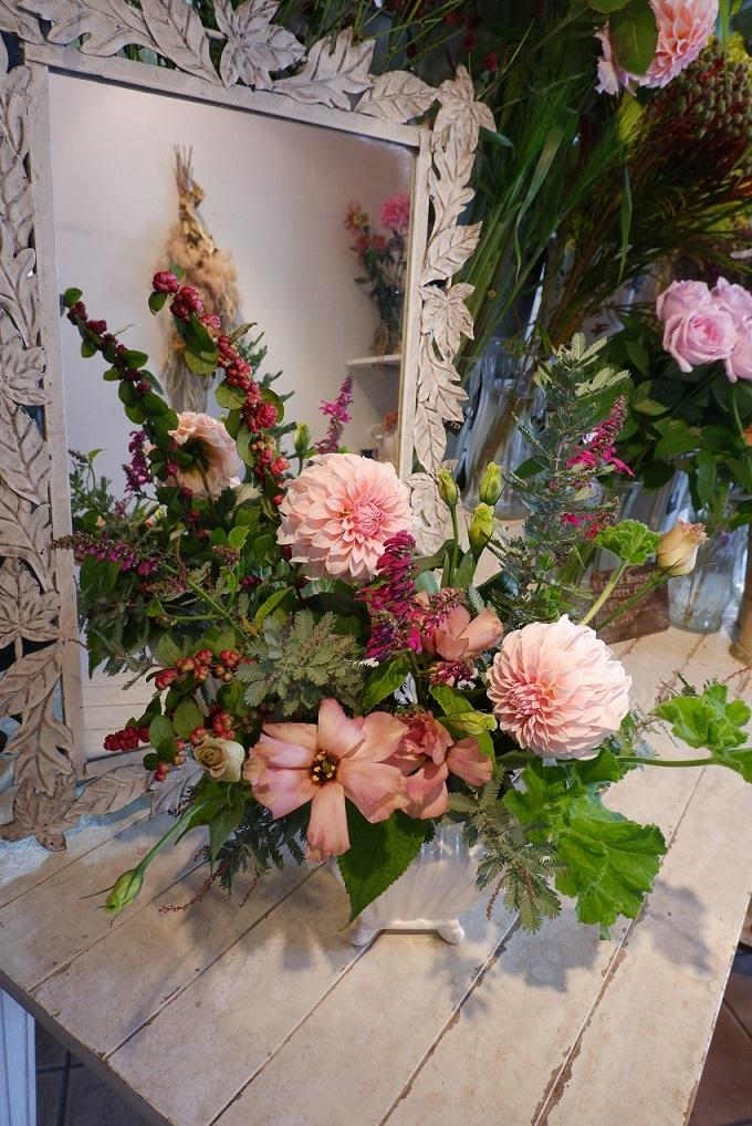 オークリーフ花の教室(山田さんの作品)_f0049672_17530795.jpg