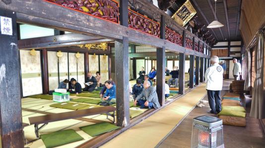 4日には「山門天井画・板壁画修復」講演会が開催されました_c0336902_19030637.jpg