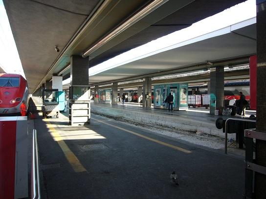 ナポリからフィレンツェへユーロスターの旅_c0192215_10281793.jpg