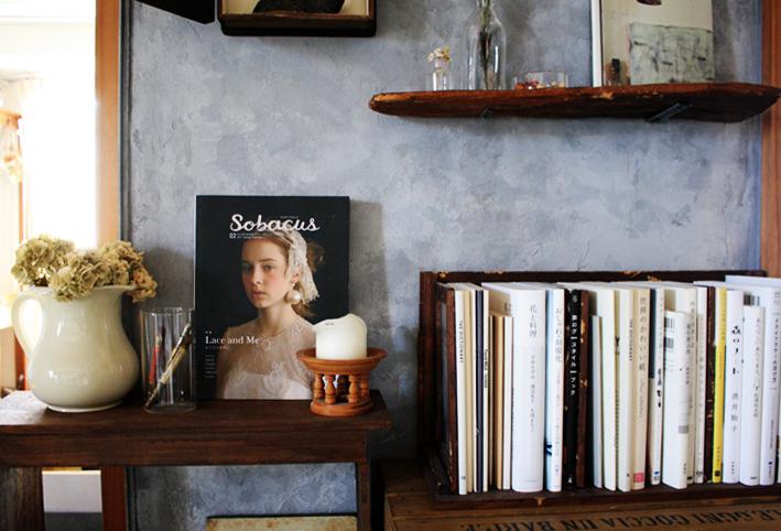 賃貸壁の可能性☆和室の壁をDIYペイント「ブックカフェ風」_d0351435_15421054.jpg