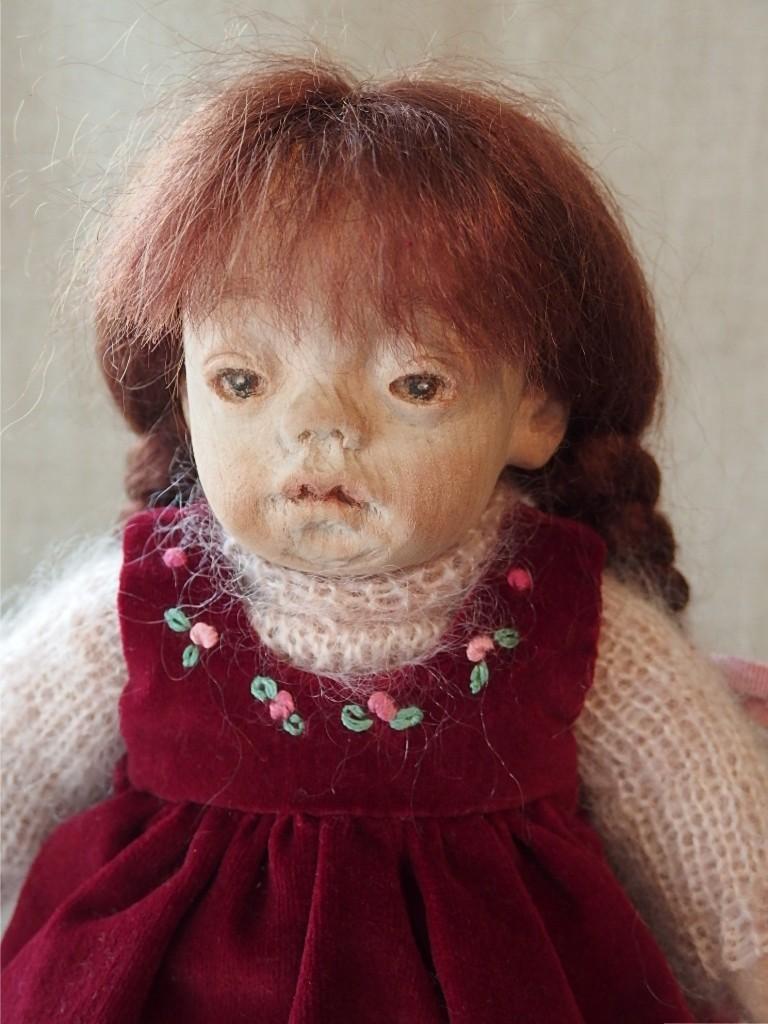 赤いジャンパースカートの女の子_d0079147_19580438.jpg