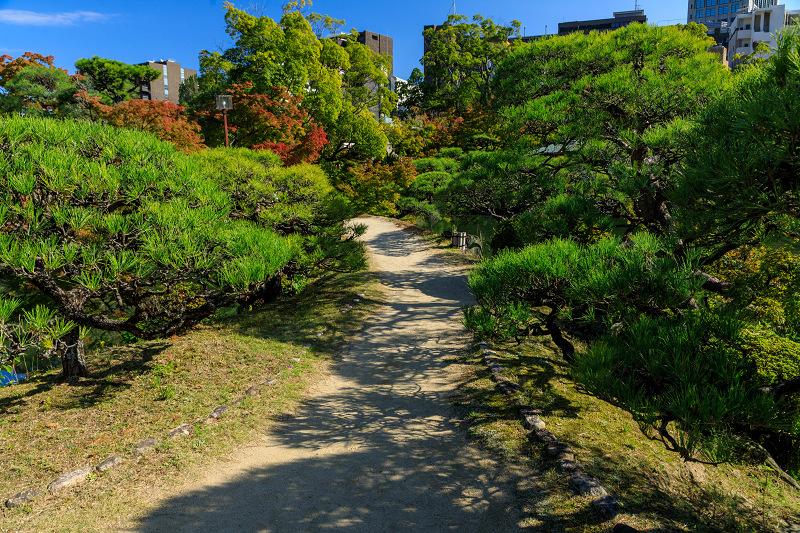 秋めく相楽園(神戸・元町)_f0155048_2223944.jpg