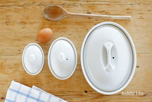 White Oval Casseroles  卵のかたちのキャセロール_e0253364_21464867.jpg