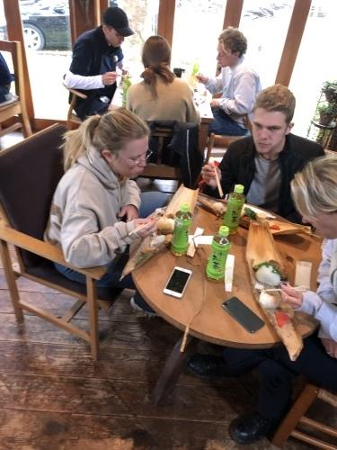 辺境にデンマークから学生が訪れた。_d0087595_16520075.jpeg