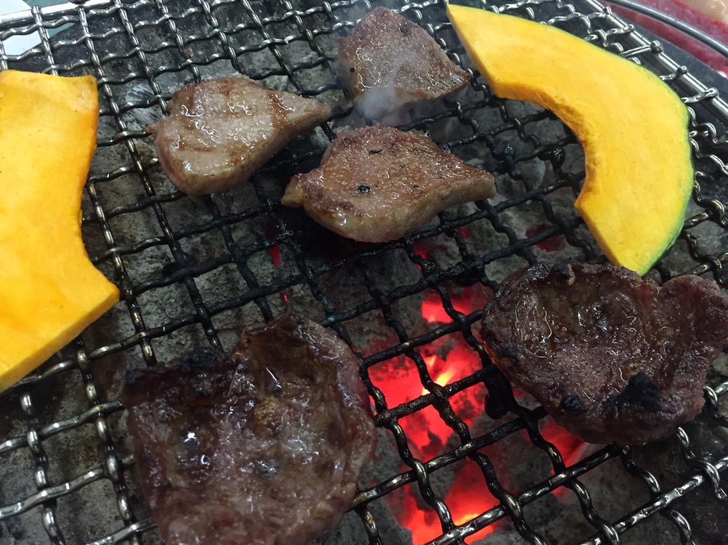 炭火焼肉 喜らく  ホホ肉_e0115904_05164634.jpg