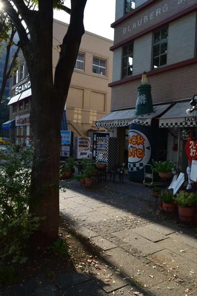 横浜市中区海岸通のジャパンエキスプレスビル(昭和モダン建築再訪)_f0142606_04290002.jpg