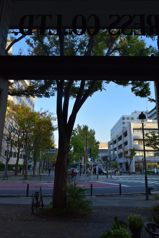 横浜市中区海岸通のジャパンエキスプレスビル(昭和モダン建築再訪)_f0142606_05171421.jpg